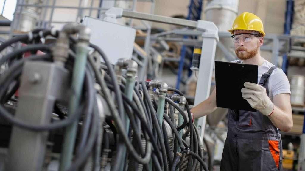 phần mềm quản lý bảo trì thiết bị